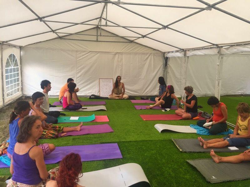 Clases matutinas de yoga